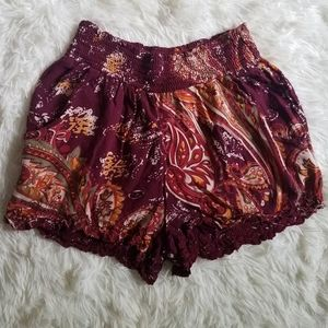 3/$20💖EUC L.A HEARTS SHORTS